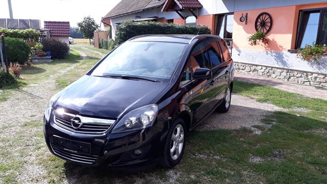 Opel Zafira 1.6 16V Edition 2011