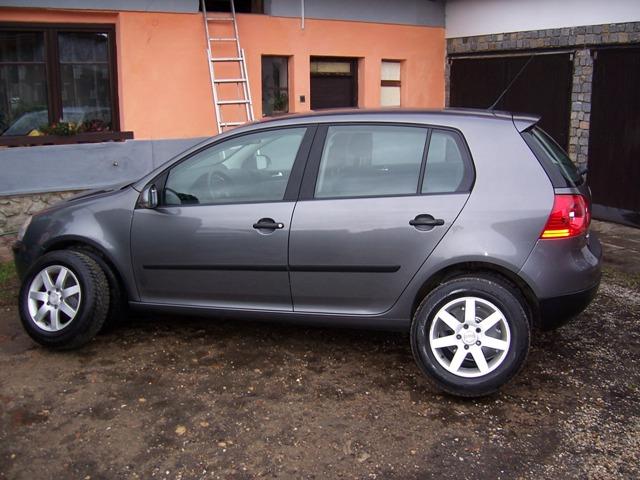 Volkswagen 1.6 MPi Trendline **98800km**