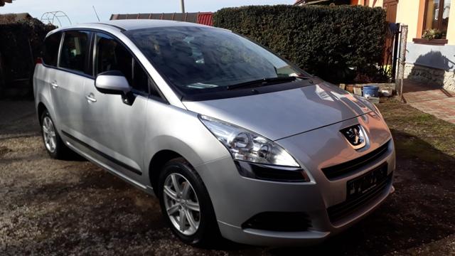 Peugeot 5008 1.6 16V Tendance 7 mist