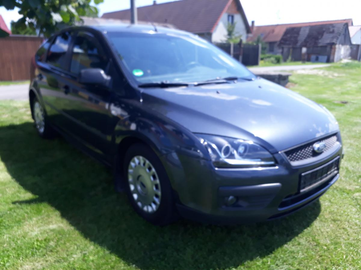 Ford Focus 1.6 16V 74KW Trend