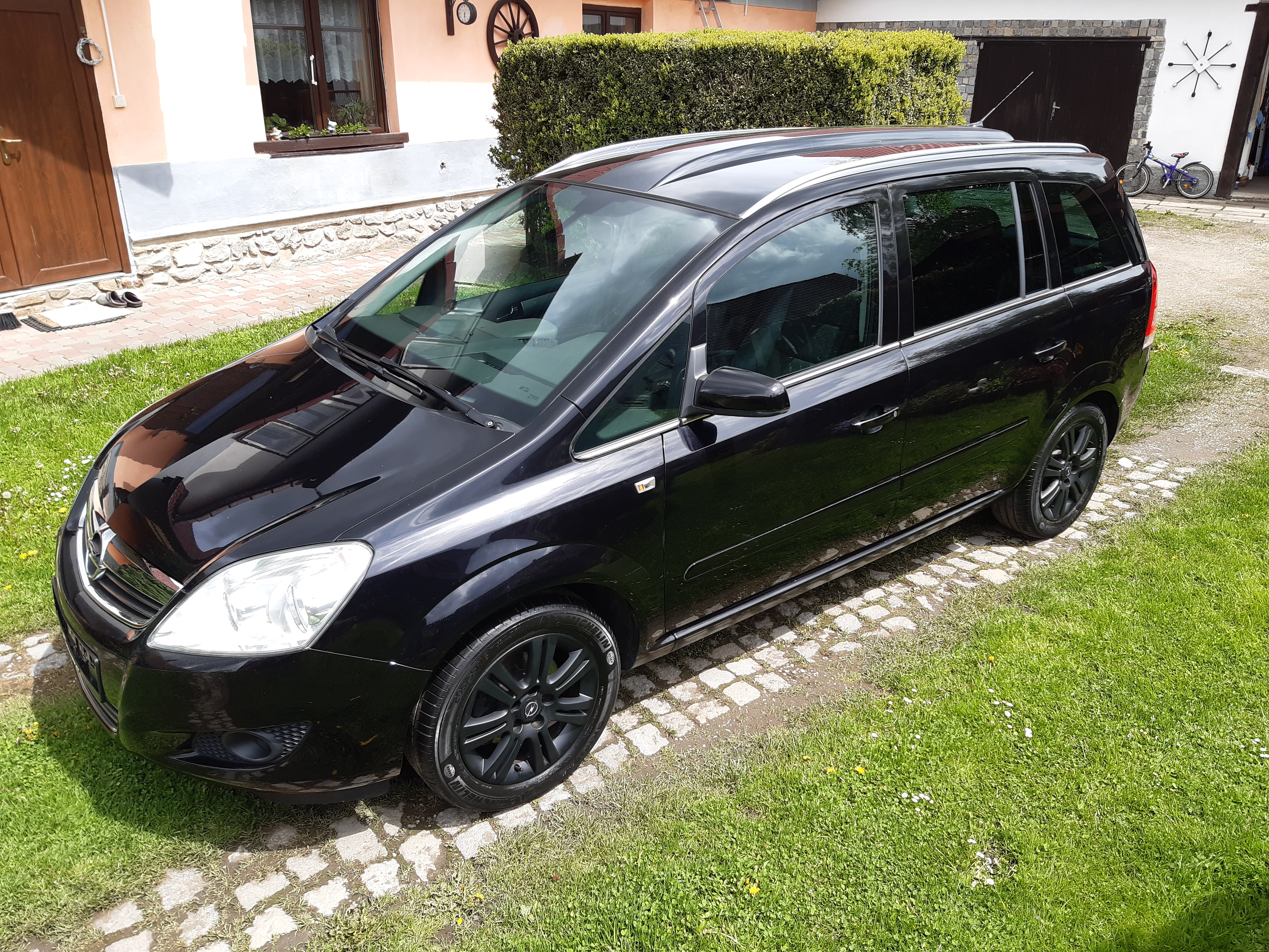 Opel Zafira 1.6 16V 85KW 7Míst Panorama!
