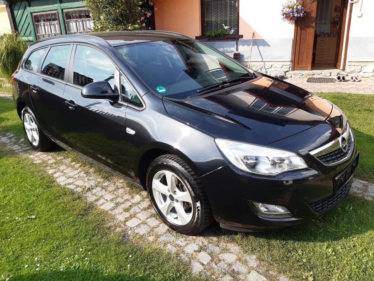 Opel Astra 1.4T Sports Tourer